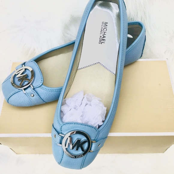 MICHAEL Michael Kors Shoes - Michael Kors ✨ Fulton Moccasin Flats